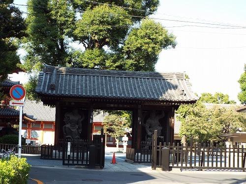 やままさ醤油醸造所レンガ塀 (2).jpg